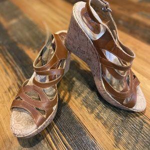 B.O.C. Wedge sandal